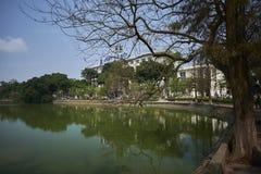 Hoan Kiem sjö Royaltyfria Bilder