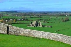 Hoare Abbey Stone Ruins i Irland Royaltyfria Bilder