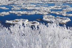 hoarfrost ποταμός στοκ εικόνα