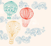 Hot luftar ballongen i skybakgrund Royaltyfri Foto