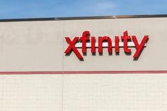 Hobart - circa mayo de 2018: Xfinity calificó al consumidor de Comcast tienda al por menor Comcast es una compañía multinacional  fotos de archivo