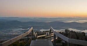 Hobart från monteringen Wellington Dawn Viewpoint Royaltyfri Bild