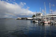 Hobart Harbour con los barcos y el arco iris Fotografía de archivo libre de regalías
