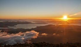Hobart Sunrise von der Spitze des Bergs Wellington Lizenzfreie Stockfotos