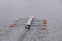 Hobart szkoły wyższa kobiet załoga rasy w głowie Charles Regatta kobiet Mistrzowski Eights Zdjęcia Stock