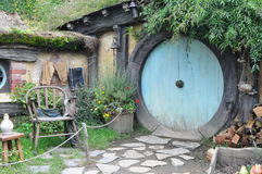 Hobbit house with blue door Royalty Free Stock Photos
