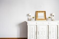 Hoch entwickelte Schönheit des antiken Möbelstücks stockbild