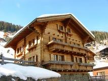 Schweizer Chalet Lizenzfreies Stockfoto