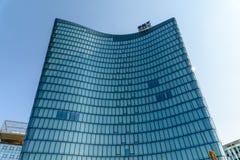 Hoch Zwei Biuro Górujący OMV Firma W Wiedeń (HOCHZWEI) Zdjęcia Stock
