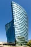 Hoch Zwei (HOCHZWEI) Kontor Stå högt Av OMV Företag i Wien Arkivfoto