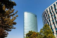 Hoch Zwei (HOCHZWEI) Kontor Stå högt Av OMV Företag i Wien Royaltyfria Foton