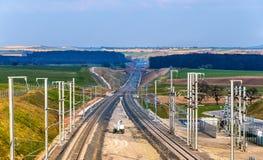 Hochgeschwindigkeitsphase II der eisenbahn LGV Est im Bau nahe Abwehr Lizenzfreies Stockfoto