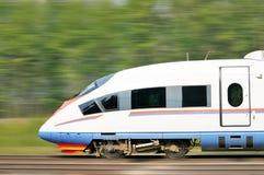 Hochgeschwindigkeitszug Lizenzfreie Stockbilder