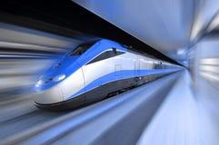 Hochgeschwindigkeitszug Stockfotos