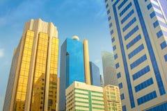 Hochhaus Abu Dhabi Stockbilder