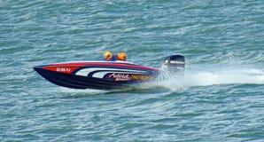 Hochleistungsschnellbootlaufen Stockfotos