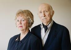 Hochnäsige ältere Paare Stockbild