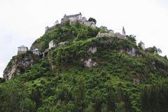 Hochosterwitzkasteel bij rots, Oostenrijkse Carinthia Royalty-vrije Stock Afbeeldingen