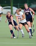 Hochschulfeld-Hockey - Damen Stockbilder