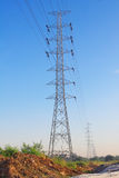 Hochspannungskontrollturm Stockfoto