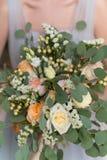 Hochzeit boho Blumenstrauß mit Eukalyptus Lizenzfreies Stockfoto
