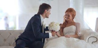Hochzeit, Braut und Bräutigam, Liebe lizenzfreie stockfotografie