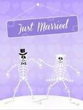 Hochzeit von Skeletten Stockfotografie
