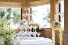 Hochzeits-Champagne-Gläser Stockfoto