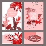 Hochzeits-Einladungs-Schablone mit Blumen und Palmblättern Tropische Blumenabwehr die Datums-Karte Exotisches Blumen-Design Lizenzfreie Stockfotos