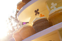 Hochzeits-kleine Kuchen Stockfoto
