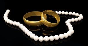 Hochzeits-Ringe Stockfotos