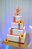 Hochzeits-Sahne-Kuchen lizenzfreies stockbild