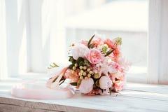 Hochzeitsblumen, Brautblumenstraußnahaufnahme lizenzfreie stockbilder
