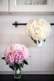 Hochzeitsblumensträuße auf Anzeige Lizenzfreie Stockfotografie