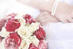 Hochzeitsblumenstrauß im Winter  Stockfotos