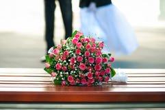Hochzeitsblumenstrauß von den Rosen Stockfoto