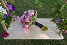 Hochzeitsblumenstrauß von Pfingstrosen Stockfoto
