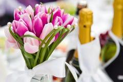 Hochzeitsblumenstraußtulpen stockfoto