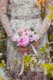 Hochzeitsblumenstrauß der rosa Pfingstrosen Lizenzfreie Stockfotos