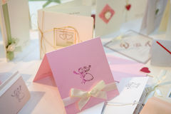 Hochzeitseinladungen lizenzfreies stockbild