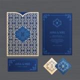 Hochzeitseinladungs- oder -grußkarte mit Weinleseverzierung Papier lizenzfreie stockfotografie