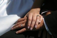 Hochzeitshände Stockbild