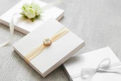 Hochzeitskästen für Geschenke oder Einladungskarten Stockfotografie