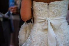 Hochzeitskleiderdetail Stockfotografie