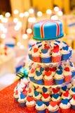 Hochzeitskleine kuchen Lizenzfreie Stockbilder