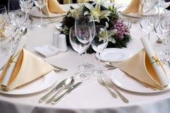 Hochzeitsrestauranttabelle Stockfotos