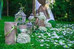 Hochzeitsstillleben in der rustikalen Art Retro- stilisiertes Foto Lizenzfreies Stockbild