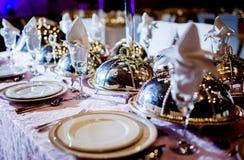 Hochzeitstafel-Anordnung Lizenzfreie Stockfotografie