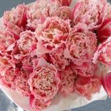 Hochzeitstulpenblumenstrauß Stockbild