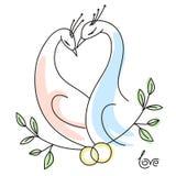 Hochzeitsvögel mit den Ringen, die ein Herz bilden, formen Stockfoto